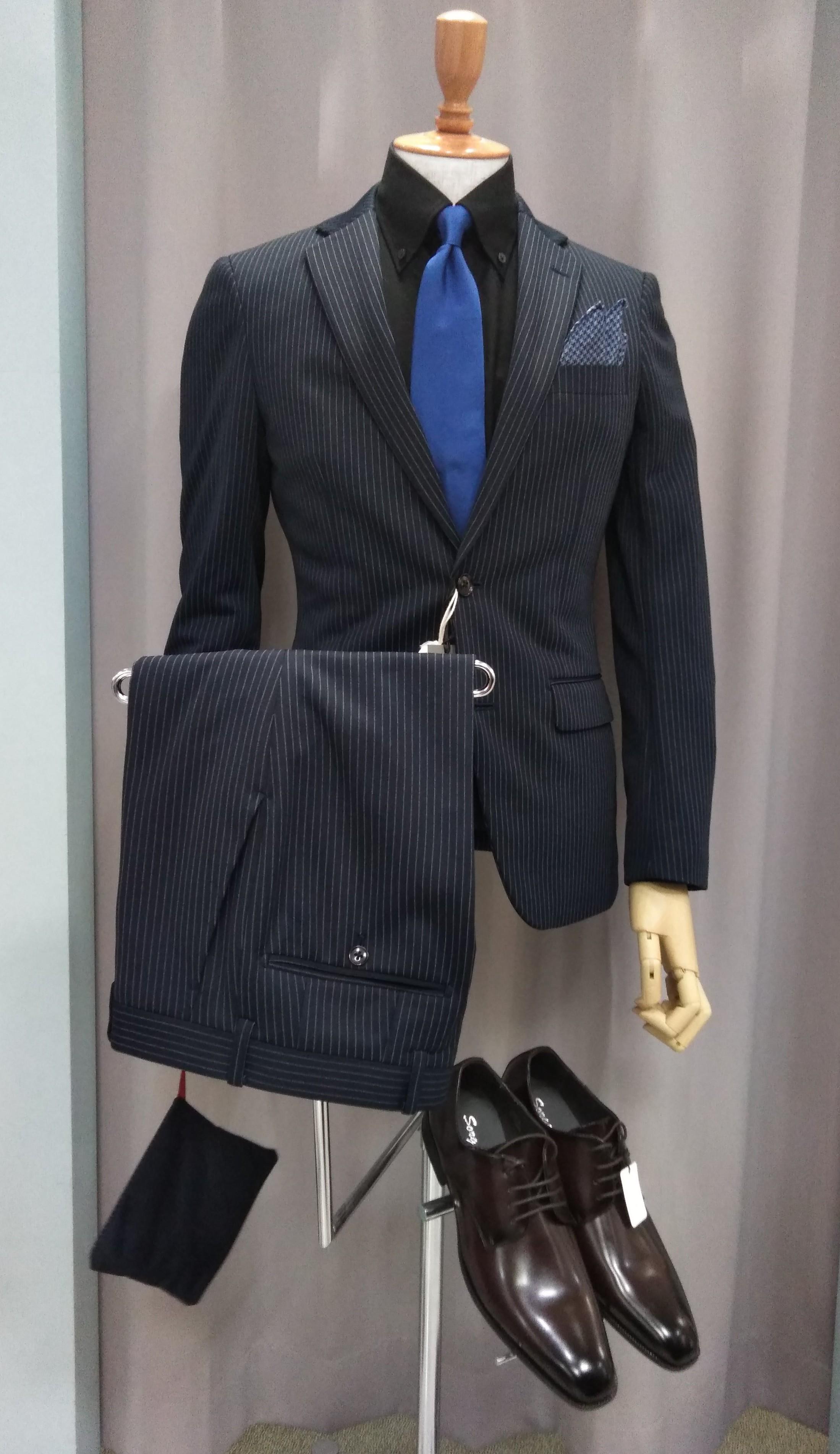 【限定企画】成人式スーツ購入で小物が半額!