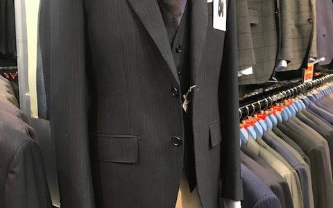 【スーツ2着売りSALE実施中!!】 SUITS&SUITS肥後橋店